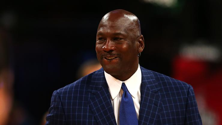 "Michael Jordan's ""The Last Dance"" Debut Leads To Incredible Memes"