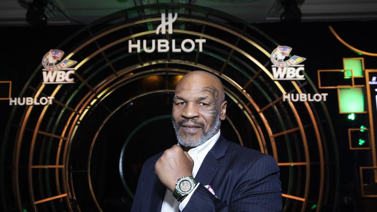 Mike Tyson Vs. Roy Jones Jr Result Has Fans Feeling Cheated