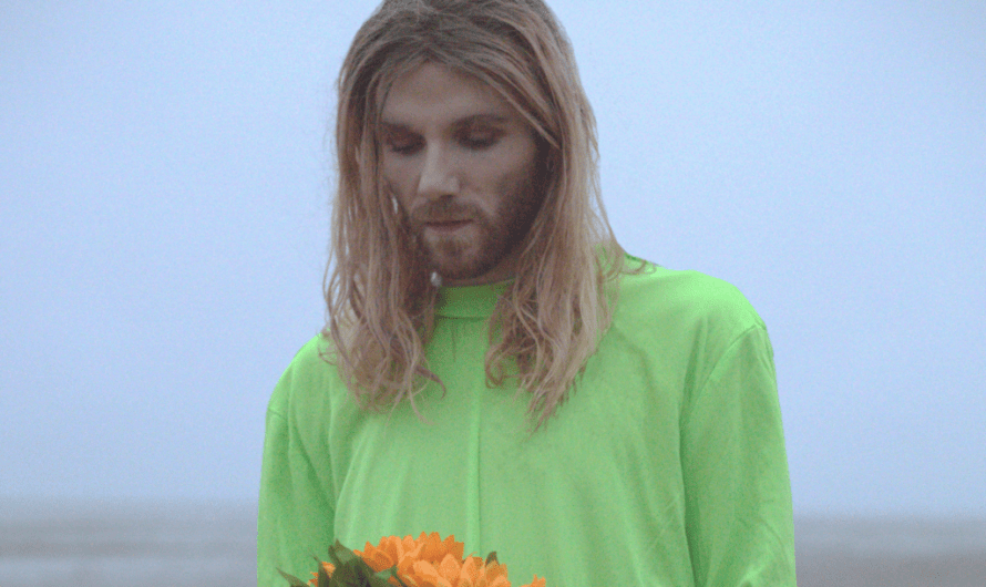 """LISTEN: Nathan Day Shares Impressive New """"She Came Down From The Stars"""" Single + Music Video"""