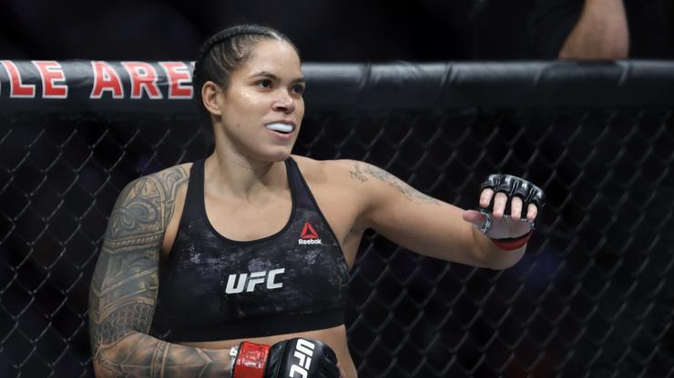 Amanda Nunes Wins Via 1st-Round Submission Against Megan Anderson At UFC 259