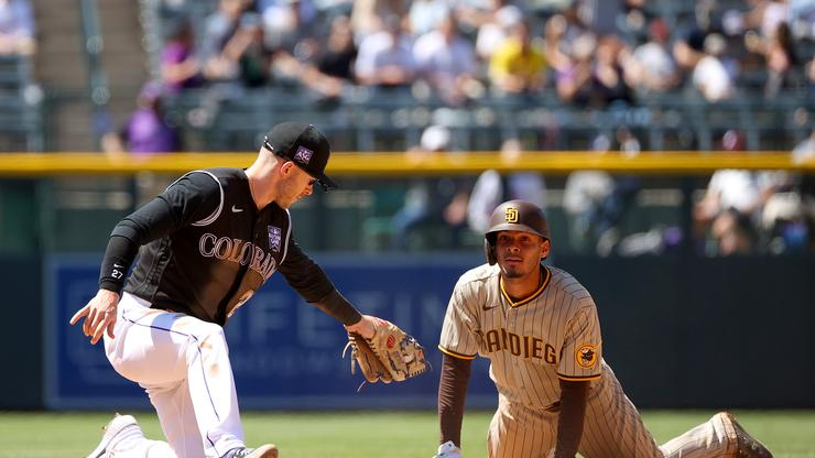 Padres Fan Annihilates Rockies Supporter In The Middle Of A Game