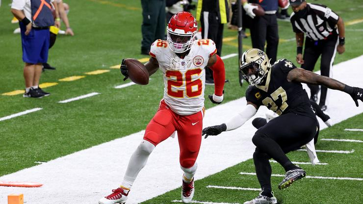 Le'Veon Bell Clarifies His Andy Reid Remarks Following Backlash