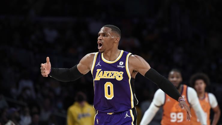 """Russell Westbrook Discusses Lakers' 0-2 Start: """"I Never Panic"""""""